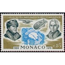 Timbre Monaco n°1070 Vols...