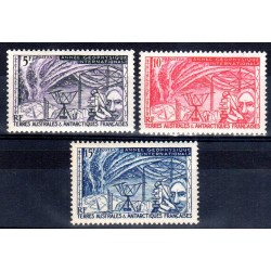 Timbres TAAF n°8,9,10